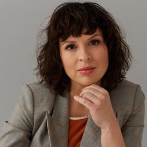 dr Agnieszka Grostal